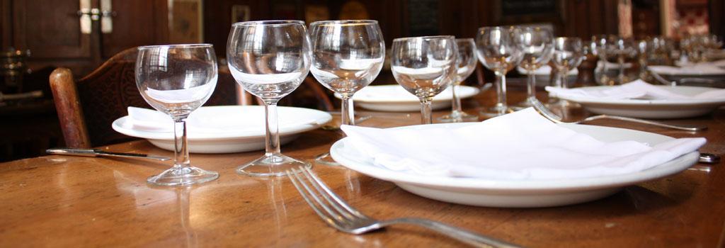specialites-lyonnaises-pot-vin