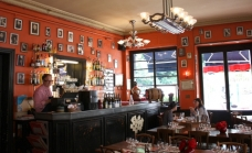 decoration-typique-bar-bois